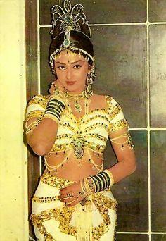 Bollywood Actress Hot Photos, Indian Actress Hot Pics, Most Beautiful Indian Actress, South Indian Actress, Bollywood Fashion, Indian Actresses, Indian Celebrities, Bollywood Celebrities, Vintage Bollywood