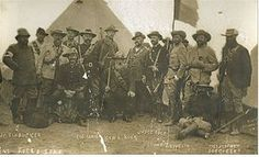 Commandant Kock and his staff. Kock commanded the Boer force at the Battle of Elandslaagte on October 1899