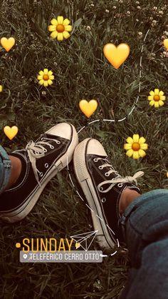 Creative Instagram Stories, Instagram Blog, Instagram Story Ideas, Photo Snapchat, Instagram And Snapchat, Tumblr Photography, Photography Poses, Nature Photography, Film Marathon