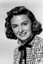 Donna Reed  Actress, It's a Wonderful Life  Donna Reed was born in the midwestern town of Denison, Iowa, on January 27, 1921, as Donna Belle Mullenger. A small town - a population of less than 3,000 people - Denison was located by the Boyer River, and was the county seat of Crawford County. Donna grew up as a farm girl, much like many young girls in western Iowa.