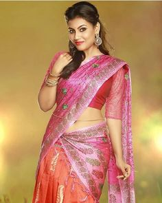 Super Stylish Indian Ladies in Saree - Superb Photo Gallery Beautiful Girl In India, Beautiful Girl Image, Most Beautiful Indian Actress, Beautiful Saree, Beautiful Dresses, Beauty Full Girl, Beauty Women, Dehati Girl Photo, Elegant Girl