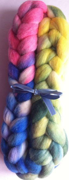 Happy Merino Spinning fiber by Ulljente on Etsy Spinning, Fiber, Hand Painted, Wool, Happy, Handmade, Stuff To Buy, Etsy, Hand Spinning