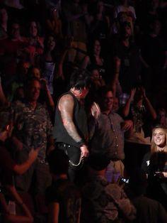 Papa Roach...in the crowd!!!  Phoenix 2009