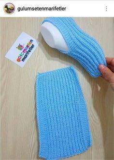 Free Knitting Pattern for Easy Cozy Toes BootiesBooties to Crochet – Step by Step Guide - Design PeakLimon Çekirdeği ile Eviniz Her Zaman Mis Gibi Kokacak Knitting Designs, Knitting Patterns Free, Free Knitting, Knitting Projects, Crochet Projects, Crochet Patterns, Crochet Slipper Pattern, Crochet Shoes, Knitting Socks