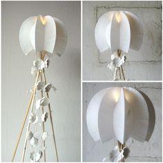 Alessandra Fabre Repetto Roma . Paper Art, home decor. Medusa Lamp 12/12 | Eco Design Lampade di carta. Paper Lamp, origamy style