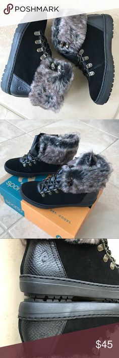 Sporto Women's faux fur collar ankle boots Beautiful brand new with box faux fur sporto boots sporto Shoes Ankle Boots & Booties