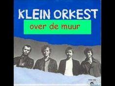 1932: Klein Orkest - Over de Muur | Full list of the Top 2000 songs: http://www.platendraaier.nl/top-2000/top-2000/