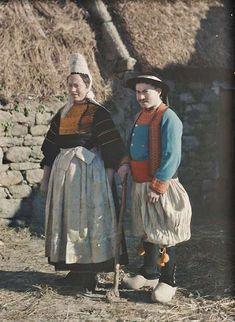 Breton couple 1920 Britanny France