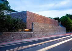 ODOS Architects creates introverted brick house in Dublin