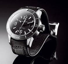 www.watchtime.com | reviews | Test: Jaeger LeCoultre Master Compressor Diving Navy SEALs | JLC NavySeals Opener 560