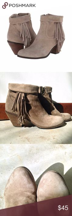 "Sam Edelman Louie Western Bootie in Taupe Sam Edelman Louie Western Bootie in Taupe  Cute and versatile, these suede fringe boots will keep your casual look on trend all season long. The Louie booties are the perfect leather ankle boots to pair with jeans for a western chic laid back style.  COLOR: Taupe (tan)  SIZE: 8.5  CONDITION: Very good, a few minor scuffs on the toes and some wear on the heels   MATERIAL: Suede  MEASURMENTS: 2½"" stacked block heel Sam Edelman Shoes Ankle Boots…"