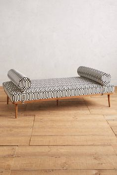 Shop the Trellis-Woven Darcy Daybed and more Anthropologie at Anthropologie today. Read customer reviews, discover product details and more.