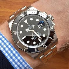The 8 best swiss army watches for men - Outdoor Click Dream Watches, Fine Watches, Cool Watches, Rolex Watches, Vintage Omega, Vintage Rolex, Vintage Watches, Wear Watch, Rolex Submariner No Date