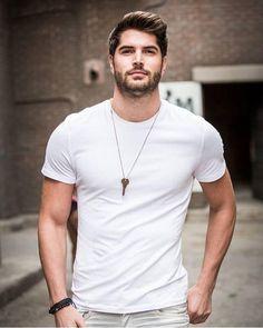 White crew neck t-shirt, by Nick Bateman Nick Bateman, Beautiful Men Faces, Gorgeous Men, Stylish Men, Men Casual, Mode Man, Attractive Men, Good Looking Men, Bearded Men