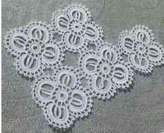 Best 12 PDF Crochet runner pattern – Home decor – vintage crochet – SkillOfKing. Crochet Lace Edging, Crochet Wool, Tunisian Crochet, Crochet Granny, Crochet Gifts, Irish Crochet, Crochet Doilies, Crochet Flowers, Knitting Patterns