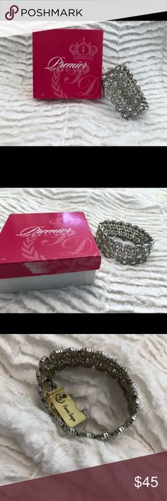 Premier Designs Glamour Girl Bracelet New in box Premier Design Glamour Girl Bracelet.  This is a retired piece of premier jewelry. It is a stretch band bracelet. Premier Designs Jewelry Bracelets