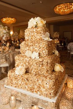 Prantl's Burnt Almond Torte Wedding Cake #PittsburghWeddings #OmniWilliamPenn Photo: Goldstein Photography