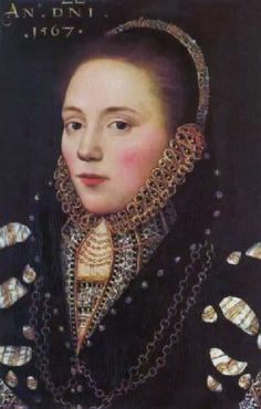Portrait of a lady with gold chains and gold lined ruff, Master of the Countess of Warwick, 1567 Die Renaissance, Renaissance Clothing, Renaissance Fashion, Tudor Fashion, Historical Costume, Historical Clothing, Historical Photos, Tudor History, Art History