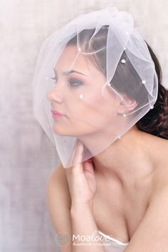 Pola | veil decorated with silver flowers - MoaLove Accessories