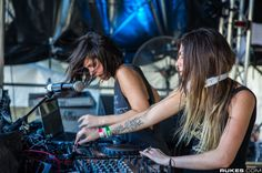 """Krewella has posted that they were so excited Pendulum is coming out with a new album, that they are wondering which song they should do an acoustic cover for as part of their #GetWetWednesday series. Tomorrow Krewella announced that will be releasing their acoustic cover of """"Watercolour."""" #EDM #EDMSauce #Krewella  Read more: http://www.edmsauce.com/2013/09/03/krewella-will-release-acoustic-cover-pendulums-watercolour/#ixzz2drfMYrGM"""