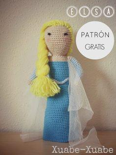 Amigurumi Princesa Elsa de la película Frozen - Patrón Gratis en Español aquí: http://xuabe-xuabe.blogspot.com.es/2014/06/patron-elsa-frozen.html
