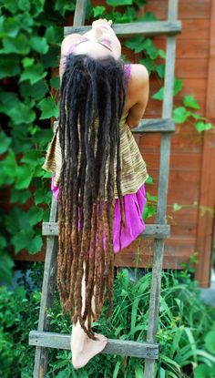 Lonnnnng HEALTHY dreads. It is possible, I guess.