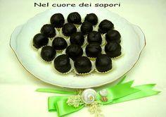 Nel cuore dei sapori: Cioccolatini alle mandorle
