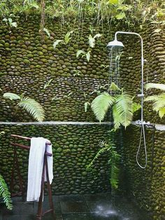 Outdoor shower. - Repinned by Anna Marie Fanelli - www.annamariefanelli.com
