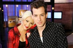 Christina Aguilera Mark Ronson Anderson Paak Sing Genie In A Bottle In Instagram Post Christina Aguilera Mark Ronson Genie In A Bottle