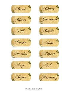 While thrift shopping recently, I found some lovely old Spice jars and thought & could make my own Vintage style Herb labels for them& Herb Labels, Spice Jar Labels, Spice Jars, Food Labels, Kitchen Labels, Pantry Labels, Etiquette Vintage, Foto Transfer, Old Spice