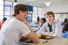 Still of Zac Efron and Sterling Knight in 17 Again (2009)
