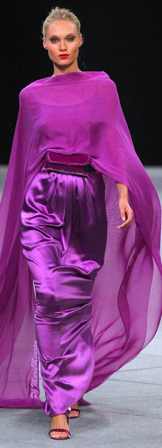Marcos Luengo-Marie Mimran Miss Mecca Shades Of Purple, Magenta, Purple Fashion, Satin Dresses, Pantone, Orchids, Evening Dresses, Ideias Fashion, Vogue