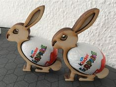 Easter Bunnies - Kinder Egg by dktosoch - Holz Basteln Kinder Woodworking Jigs, Woodworking Projects, Easter Bunny, Easter Eggs, Decoupage Wood, Cnc Projects, Egg Designs, Egg Holder, Scroll Saw