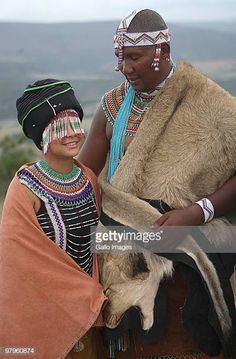 Duduzile Zuma and Thobeka Madiba with Mandla Mandela and his French wife Anais Grimaud during their traditional wedding at the Mvezo Royal Palace on March 2010 in Eastern Cape, South Africa. African Tribes, African Men, African Beauty, Xhosa Attire, African Attire, African Outfits, African Clothes, African Dress, Religions Du Monde
