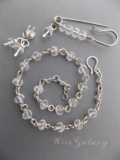 Set of jewelery for festive occasions by WireGalaxy on Etsy