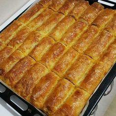 """1,960 Beğenme, 10 Yorum - Instagram'da Havva Koçak💐 (@havvanin_mutfagindan): """"Sunum sahibi @benim_mutfagimm Baklava yufkasıyla kıymalı patatesli börek Enfes👌👌 Malzemeler💮 ✔1…"""""""
