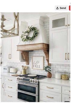 Kitchen Hood Design, Kitchen Vent Hood, Kitchen Oven, Kitchen Redo, Home Decor Kitchen, Kitchen Styling, Kitchen Interior, New Kitchen, Kitchen Remodel