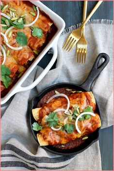 Leftover Turkey Enchiladas - Two of a Kind Turkey Enchiladas, Large Fries, Leftover Turkey, Enchilada Sauce, Vegetable Pizza, Beef Recipes, Spicy, Curry, Stuffed Peppers