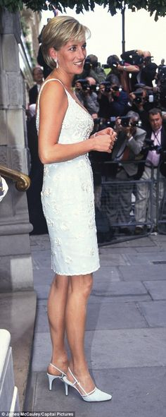 How Diana's shoes traced the ups and downs of her marriage   Daily Mail Online