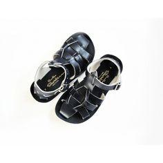 El Ciempiés Zapatos, toda la colección primavera-verano es un poema de buen gusto http://www.minimoda.es