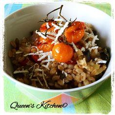 La ricetta del farro con melanzane, ricotta salata e pomodorini confit è sul blog! http://queenskitchenover-blogcom.over-blog.com/farro-con-melanzane-ricotta-salata-e-pomodorini-confit#ob