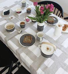 Marimekko, always super stylish.The Design Chaser: Marimekko at Bolt of Cloth Marimekko, Soft Furnishings, Dinnerware, Finland, Mary, Clothes, Stylish, Design, Dinner Ware