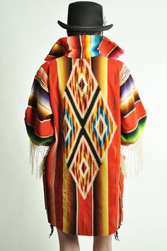 Vintage Southwestern jacket--good look with jeans/leggings Southwest Style, Southwest Fashion, Hippie Chic, Boho Chic, Bohemian, Santa Fe Style, Native Style, Native Art, Western Wear