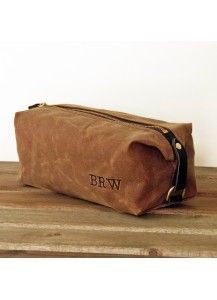 Father's Day gift idea | Sivani Designs personalized leather travel bag #madeinUSA