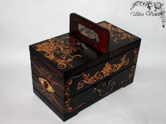 Nähen / Stricknadeln Box Schmuckbox Nähmaschine von UltroViolet
