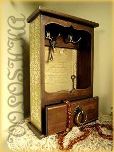 Ключница с выдвижным ящичком - коричневый,ключница в прихожую,вешалка для ключей
