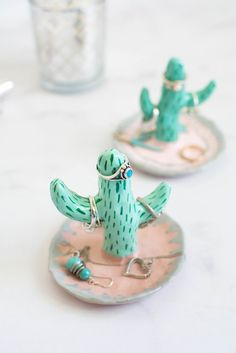 DIY Cactus Ring Holder craft idea for jewelry. crafts, desert