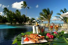 Nannai #Resort - Meeting the most demanding palates, the Nannai offers guests the best of regional cuisine, combined with touches of international cuisine, Read more at http://www.hotelurbano.com.br/resort/nannai-resort/2361