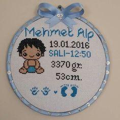 Baby Cross Stitch Patterns, Cross Stitch Baby, Cross Stitch Flowers, Baby Staff, Baby Records, Alpha Patterns, Cross Stitching, Baby Photos, Crochet Baby