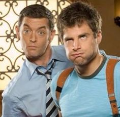 Carlton Lassiter and Shawn Spencer. XD their faces!! Psych Movie, Psych Tv, Movie Tv, Psych Cast, Best Series, Best Tv Shows, Best Shows Ever, Tv Series, Shawn And Gus